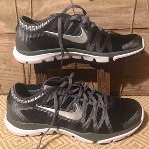 NWOT Nike FitSole women's shoes